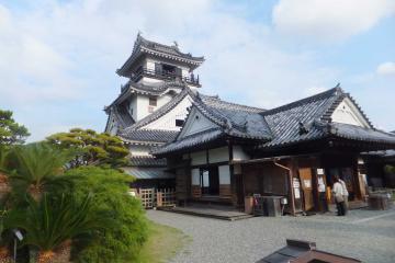 高知城の本殿及び天守閣