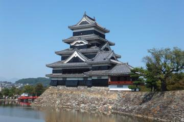 松本城の全景