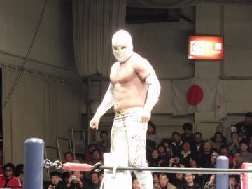 CMLLの「英雄」、ミスティコ選手(2011.1.23.新日本プロレス後楽園大会)