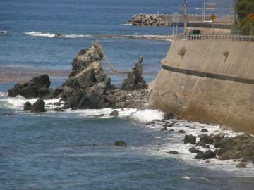 第2ビューポイント(宇賀本郷~長門二見間)からの「夫婦岩」