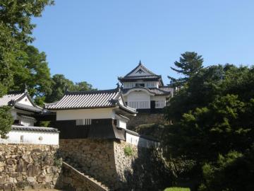 備中松山城の天守閣(二の丸から臨む)