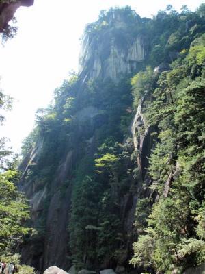 昇仙峡の中で最も有名とされる「覚円峰」