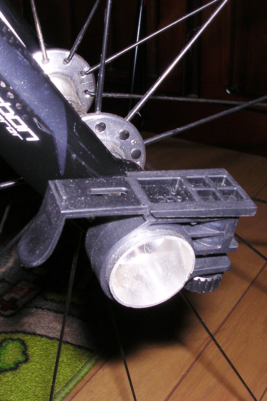 527-DOSUN-RMX-ユニバーサルフラッシュライトホルダー