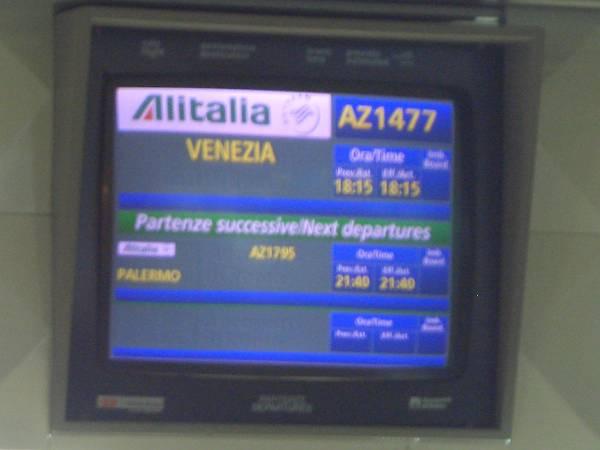 ローマ空港で02