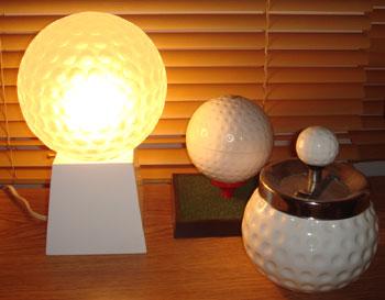 照明もゴルフボール型!