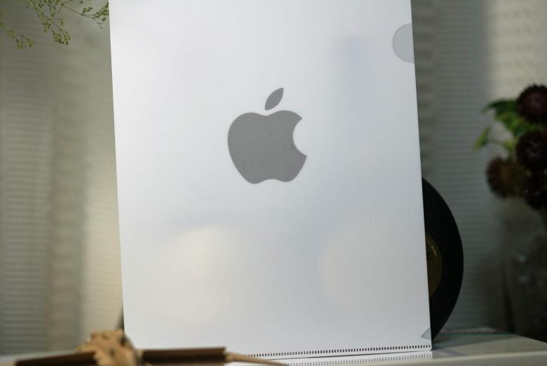appleクリアファイル