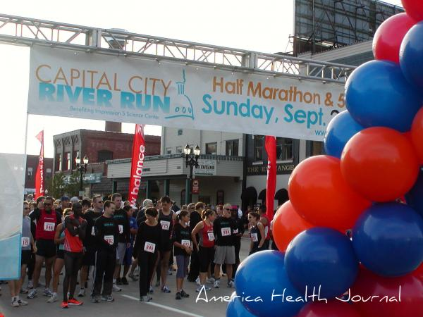 ランニングレース・the Capital City River Run 2010