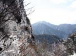 経ヶ岳南壁と五家原岳