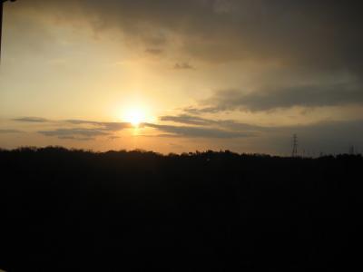 夕日が目にしみるぜ!