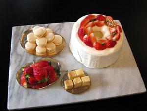 デザート・苺シフォンでショートケーキ♪