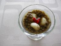 ココナッツ白玉入り レンズ豆の冷汁粉