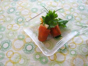 ハーブ・チーズ サーモン巻き
