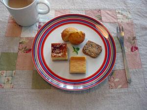 レモン風味・パルミジャーノ 2種のチーズケーキ おからクッキー 梅酒のカップケーキと。