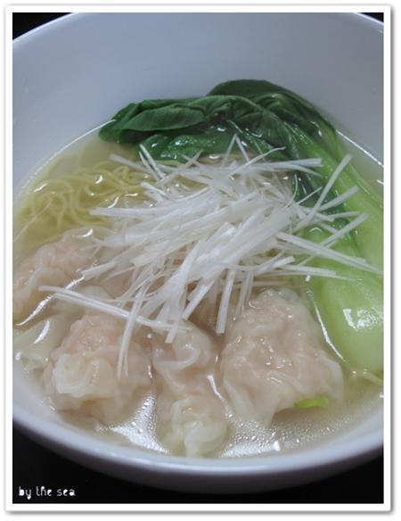 海老雲呑麺 エビワンタン麺