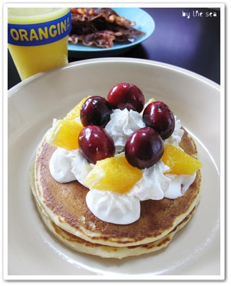 パンケーキ Arrowhead Mills Buttermilk Pancake & Waffle Mix