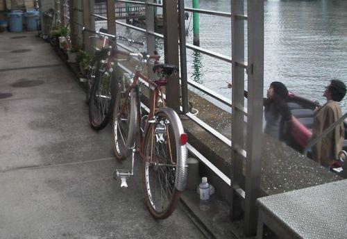 Eボートと自転車