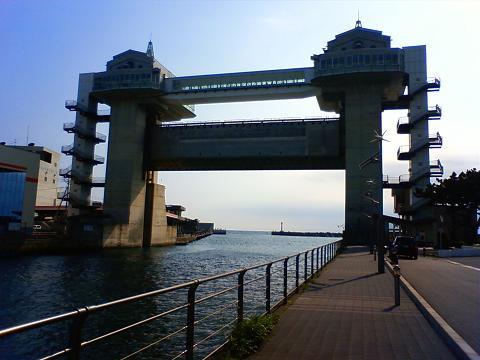 沼津港防潮堤