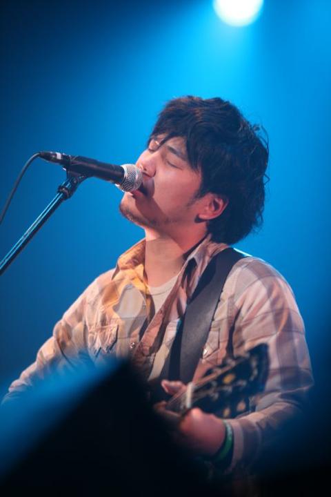 amami_hata_20101216.jpg