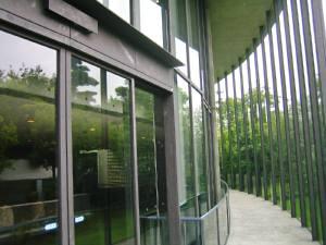 記念館入口WEB