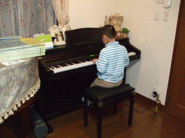 piano004.jpg