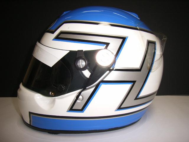 ヘルメット-2