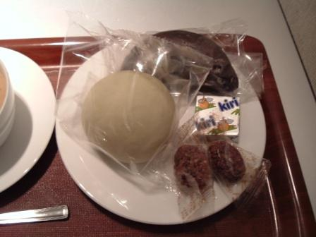 成田ANAラウンジの朝食の時間
