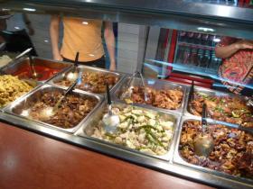 アデレード:フードコートのアジアン料理1