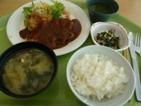 千代田区役所10階の食堂3