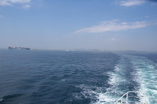 7万トンコンテナ船