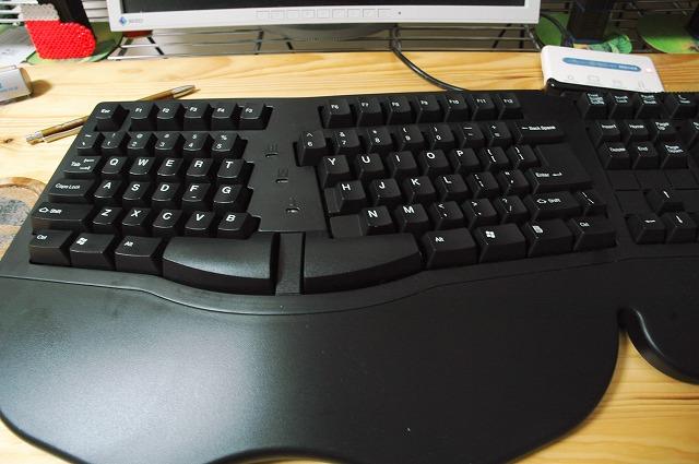 BELKIN エルゴキーボード