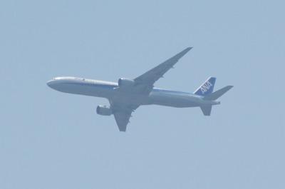 羽田を離陸した飛行機