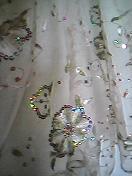ストールの刺繍、かなり豪華