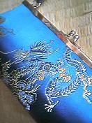 龍、花、霊鳥の模様
