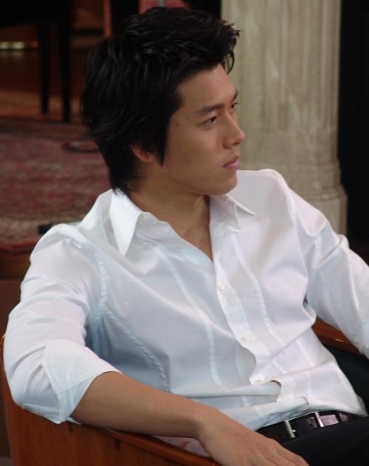ジノン白シャツ1