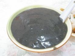 046マカオ・ごま汁粉