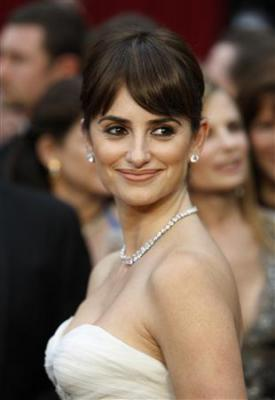 「それでも恋するバルセロナ」で助演女優賞に選ばれたペネロペ・クルス