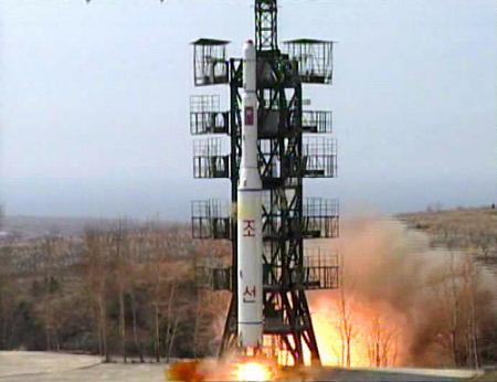 「ミサイル発射」