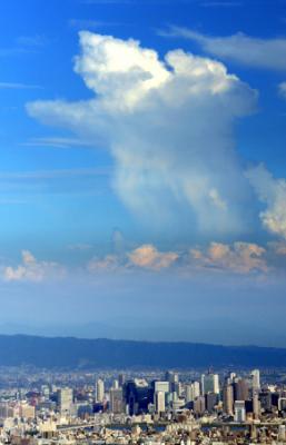 ゲリラ豪雨 GPSを使って発生を予測 今秋にも運用開始