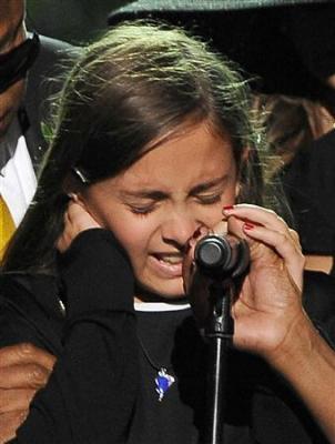 】「最高のパパでした」 長女パリスさん涙のスピーチに全米も涙
