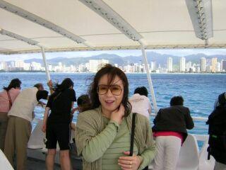 2010直美・ハワイ海上バックワイキキ