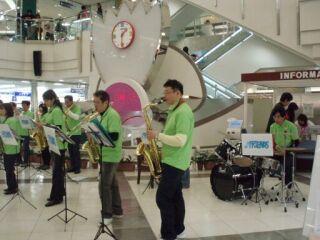20100328なでしこ広場ドラム