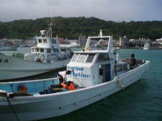 20110720ダイビング船