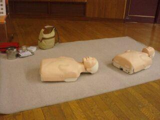 市民救命士実地訓練人形2