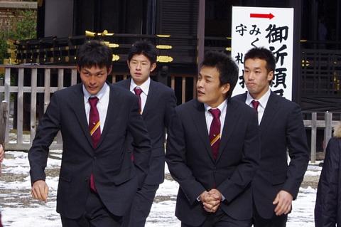 聖澤選手、高堀選手、中村選手、楠城選手