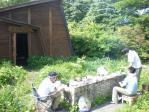 頂上付近の山小屋で昼食