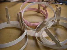 白とピンクのかご2
