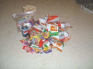お菓子の山