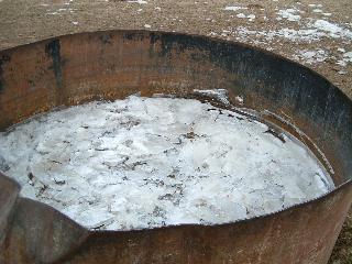 氷を割ったタンク