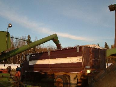 コンバイン風景トラック20074