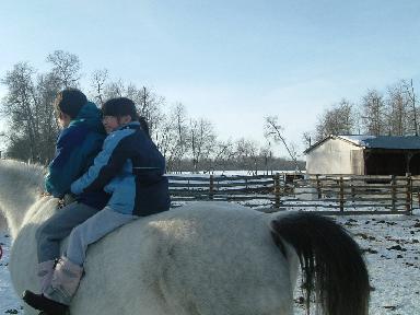 子供と馬02232008